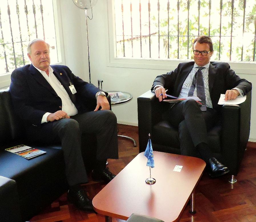 Presidente de la ARP en Embajada de la Unión Europea