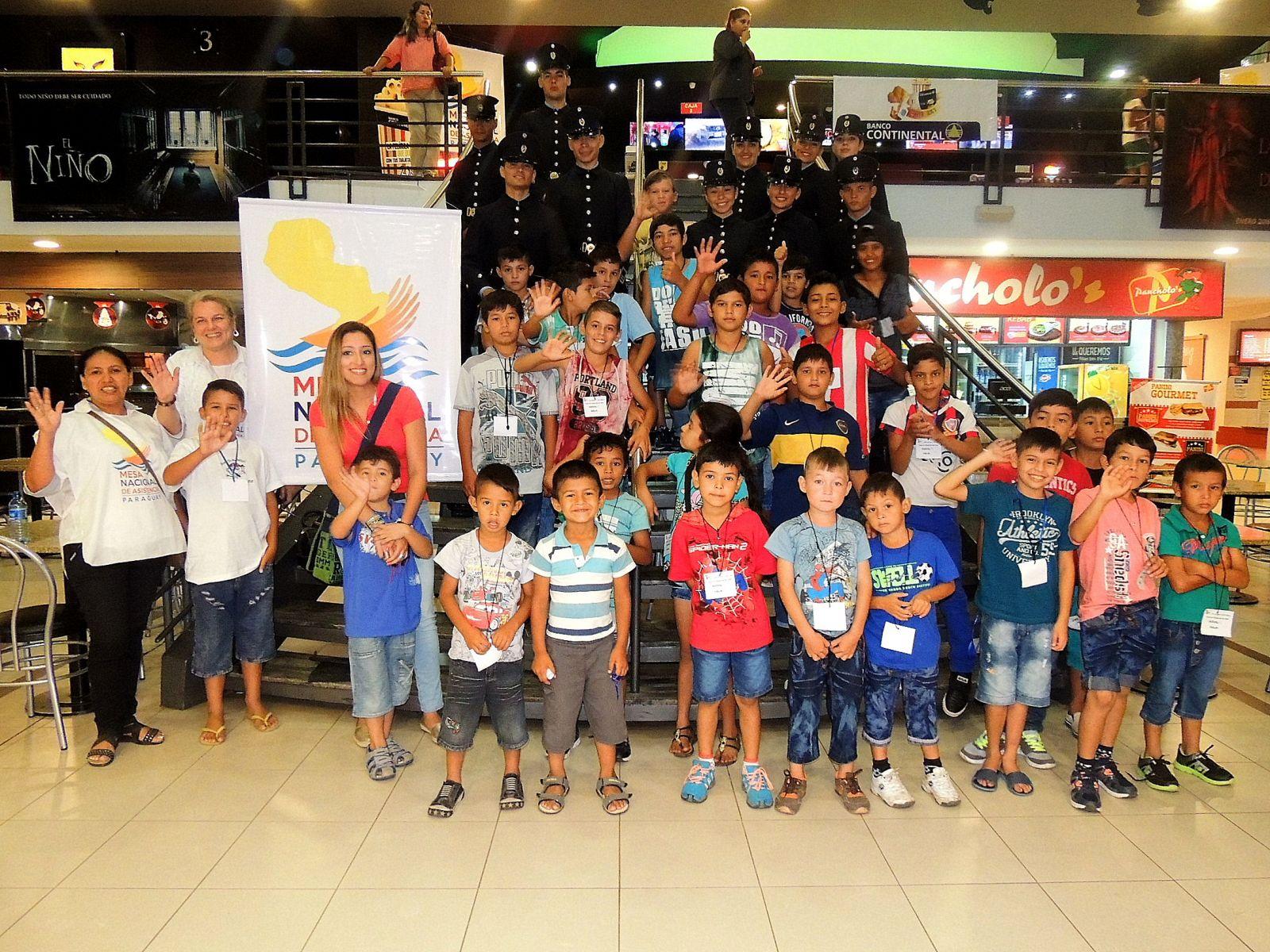 Otros 500 niños/as damnificados disfrutaron del cine en 3D