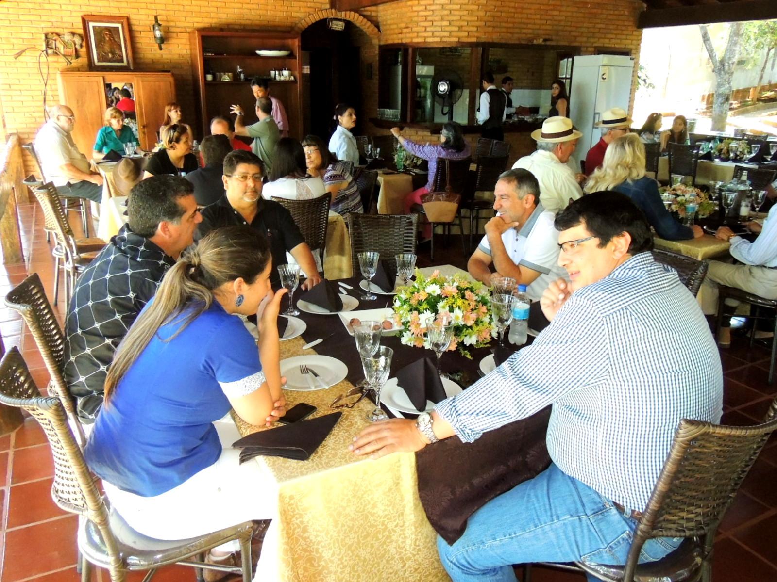 Regional Alto Paraná de la ARP cerró el 2014 con almuerzo