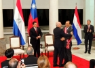 Condecoran al Embajador José María Liu por término de su misión en Paraguay